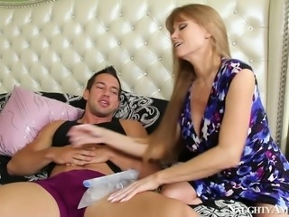 Sextractive mom Darla Crane oral fucks young sturdy cock