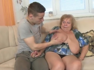 Mature chick with enormous boobs enjoys getting bonked once again