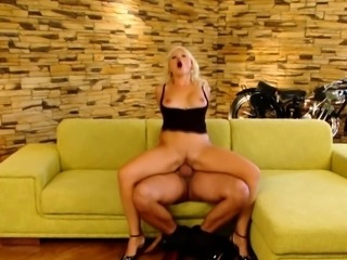 Blonde wife gets her tight wet pussy slammed