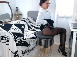 Webcam mature in pantyhose
