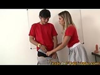 Rolou muita putaria na escola com alunas mais safadas do Brasil