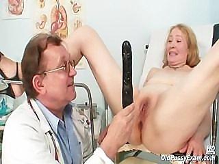 Granny Sofie gyno pussy speculum examination